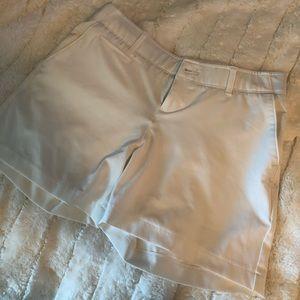 Under armour golf shorts 6 white